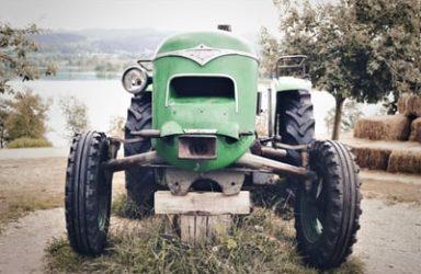 Rezervni deli za traktor IMT tudi za starejše letnike traktorjev