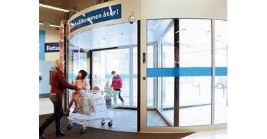 Steklena drsna vrata cena je nujen podatek za vse kupce